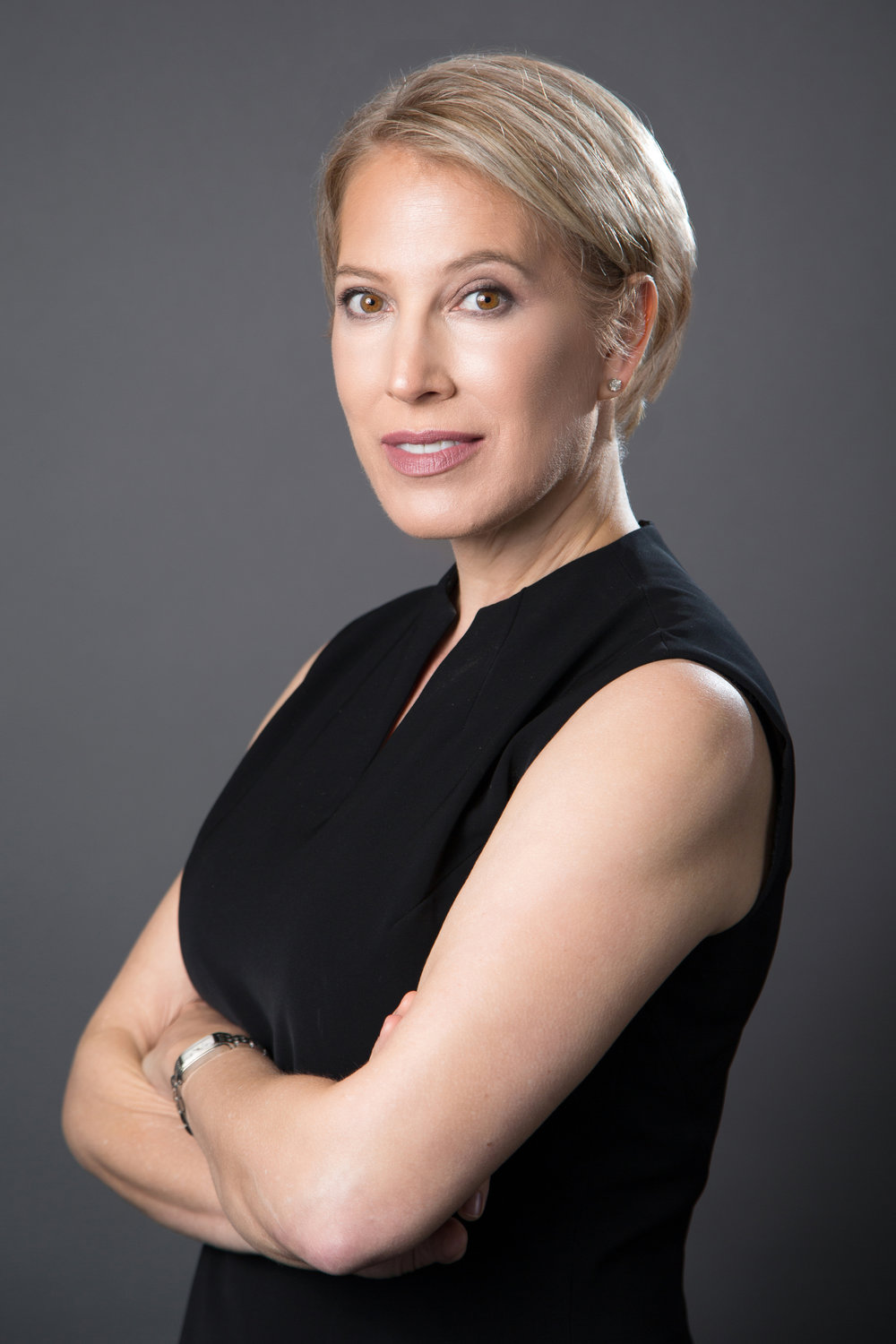 Executive coach Lindsey Honari works with clients globally.