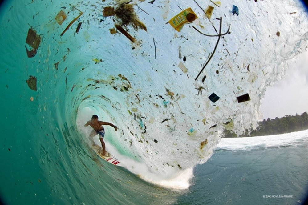plastic-pollution-surfer-plastic-wave-1400x933.jpg
