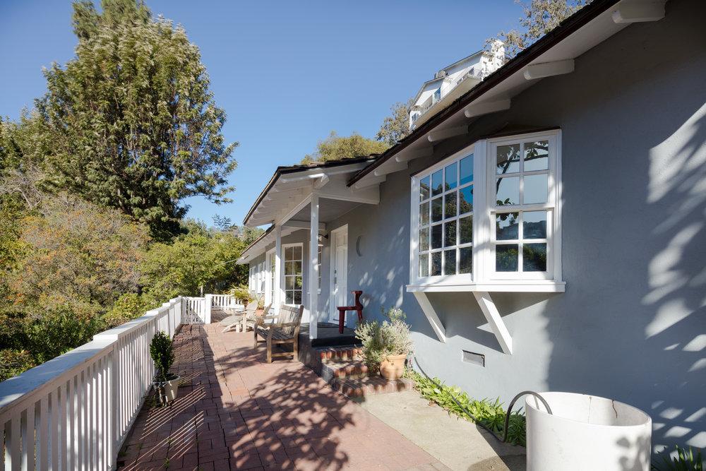 2395 Nichols Canyon Rd - $5,200 per month