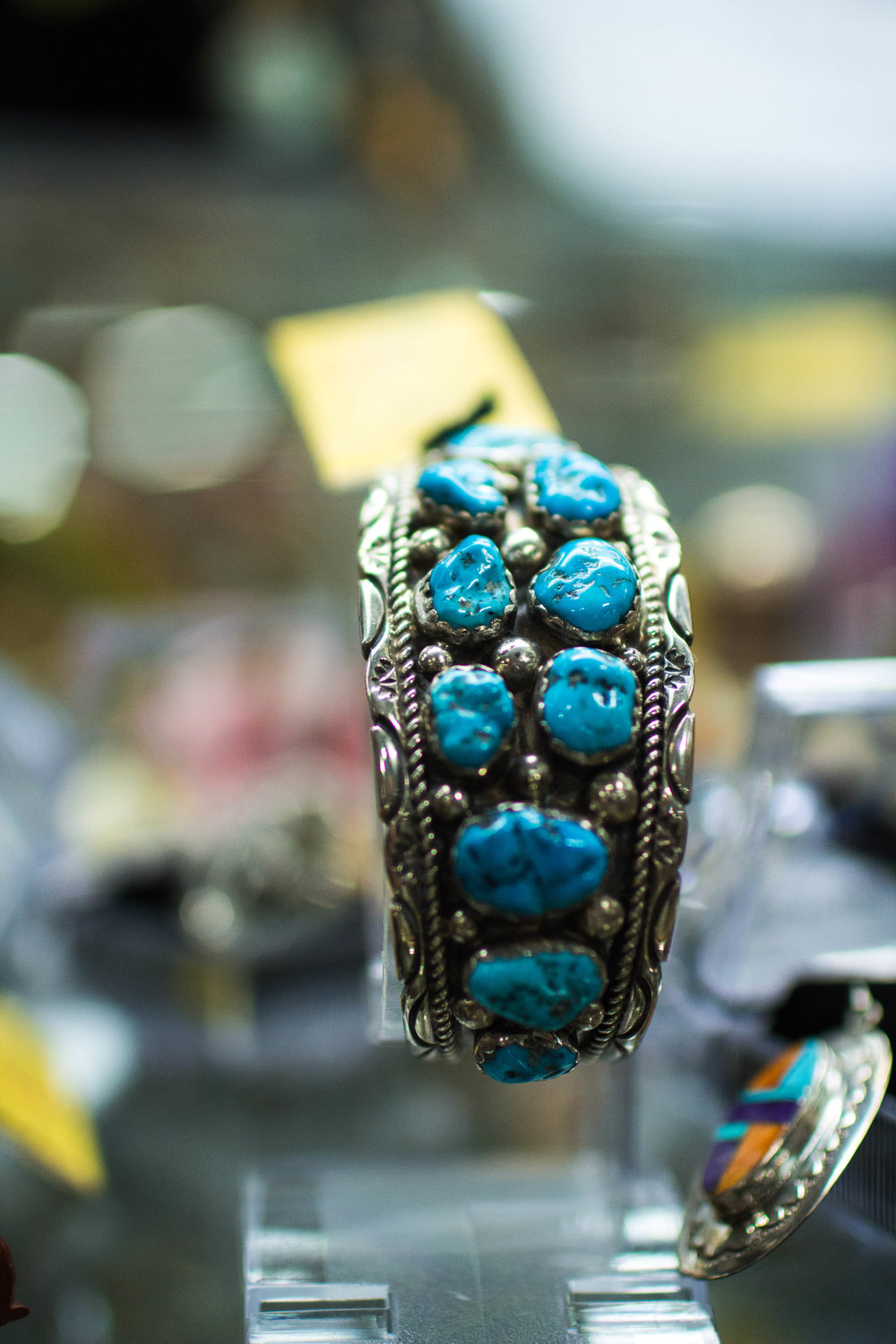 Turquoise lovers help discover makers of Native American Art and will make suggestions of authenticity, turquoise type and quality affecting value.  - We appreciate their assistance