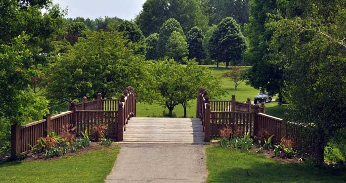 Toledo Botanical Gardens.jpg