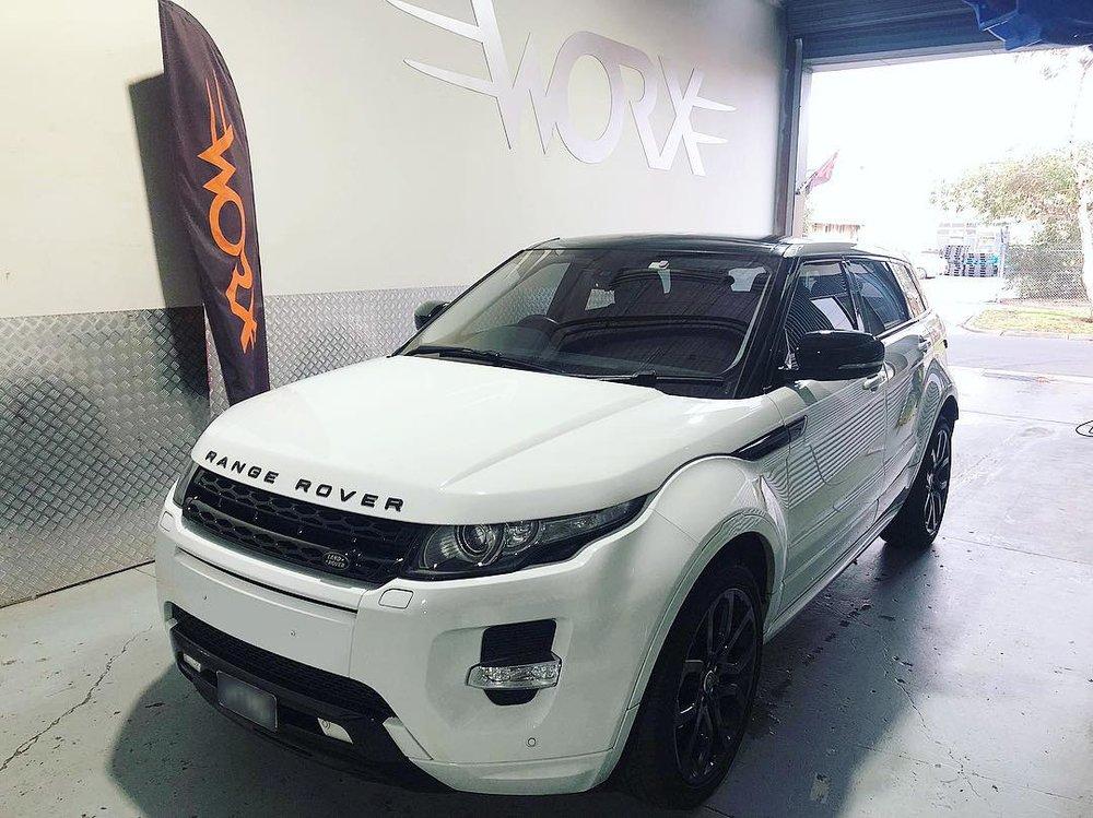 Range_Rover_Evoque.jpg