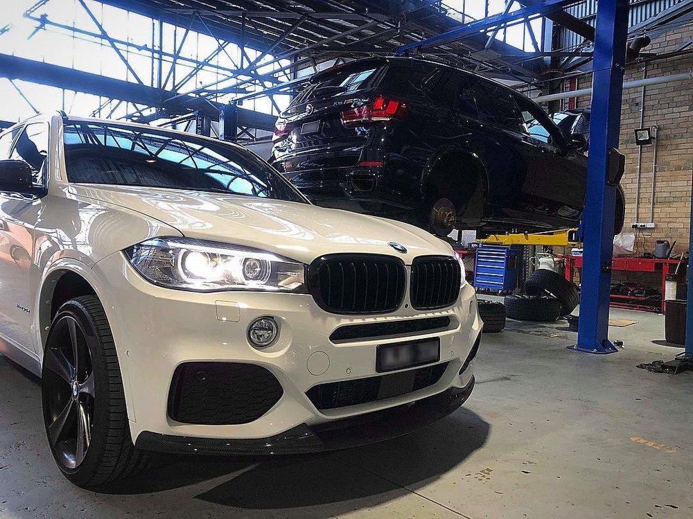 BMW_X5_F15_service.jpg