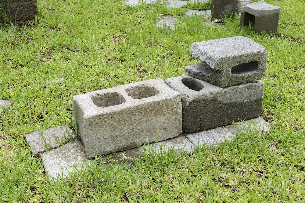 ruins-detail2.jpg