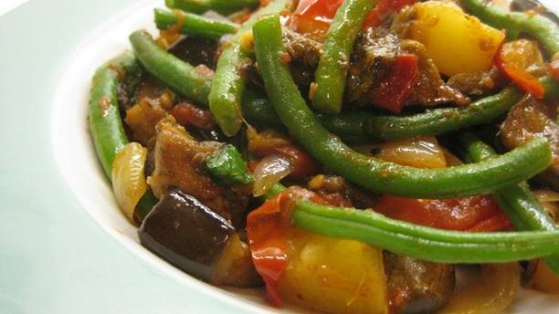 Vegetable Stew with (brown) rice.jpg