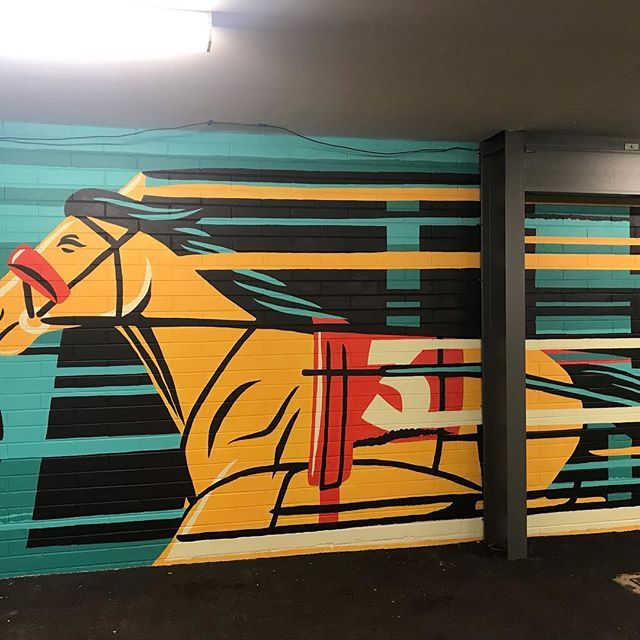 How about the mural @ballarattrottingclub painted by @travispriceillustration for @tabcomau #ID18 #popart #streetart #art