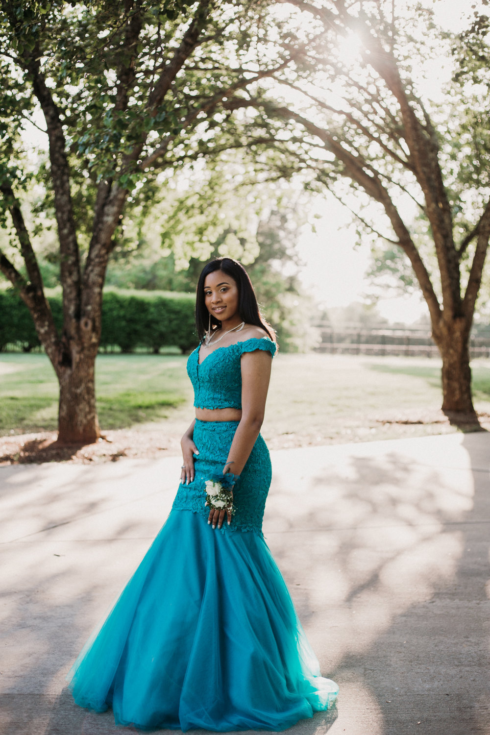 charlotte-senior-portrait-photographer-high-school-prom-0060.jpg
