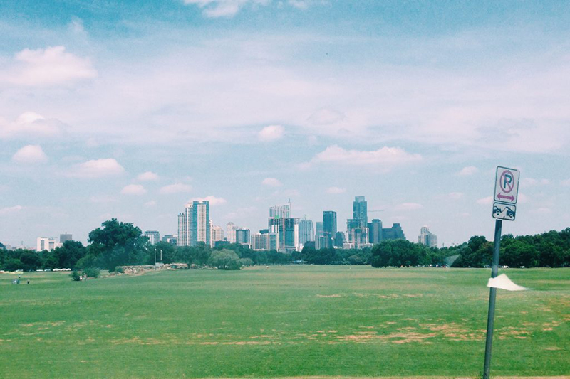 Best Austin activities to start fitting in like a local - Are you new to Austin? Are you a local but you'd like to try some new activities? I've created something for you.