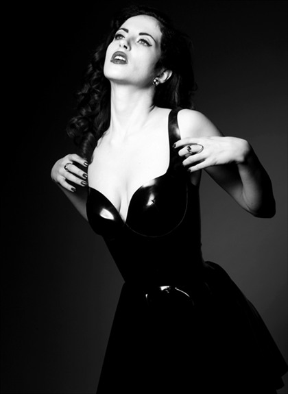 Jane Doe Latex James Ryder Photography