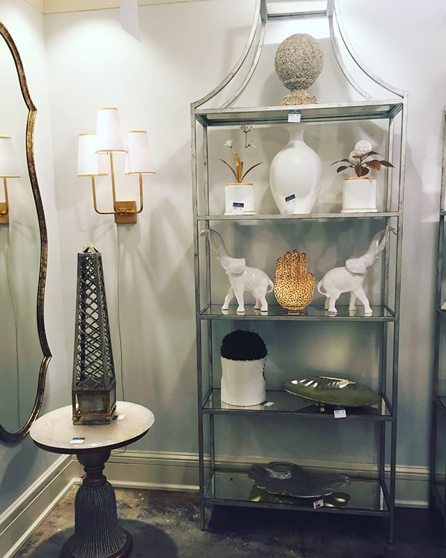 Trunks up for our favorite showroom at #hpmkt #chelseahouse 🐘 . . . . #interiorstyle  #designlovers #designinspiration #interiors #instadesign #instastyle #homedecor #homedesign #maritimeinteriordesign #decorating #inspiration #residential #designervoice #northcarolina #customdesign #furniture #designervoicehpmkt #interiordesigner #interiordesignerslife #interiordesignersofinsta #highpoint #hpmkt2018 #blueandwhite #chinoiserie #chinoiseriechic #luxurydesign #accessorize #interiordecoration
