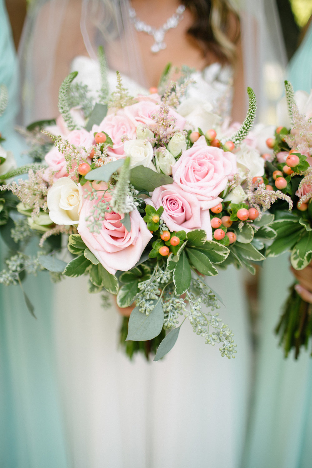 Blush-Mint-Summer-Mansion-Wedding