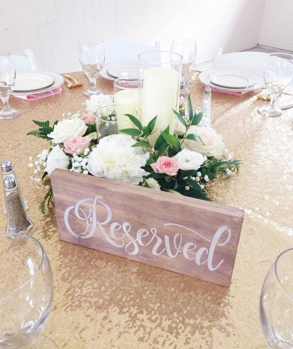 Blush-Gold-Table-Decor