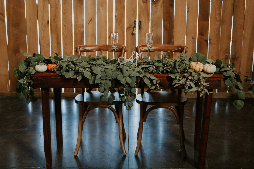 Fall-Mountain-Wedding-Barn-Banner-Elk-Boone-11