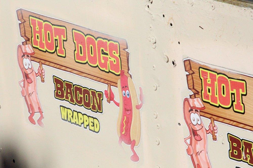 Hotdogcart.jpg