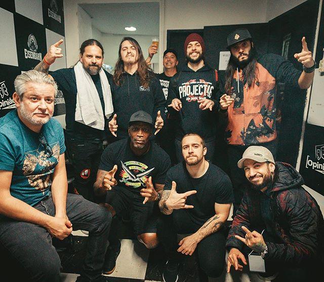 🇧🇷 De domingo passado em Porto Alegre! Sepultura e @project46_oficial foi PESADO! 🤘 — Last Sunday in Porto Alegre (Brazil) with opening band @project46_oficial. HEAVY🤘 #sepultura #machinemessiah #project46