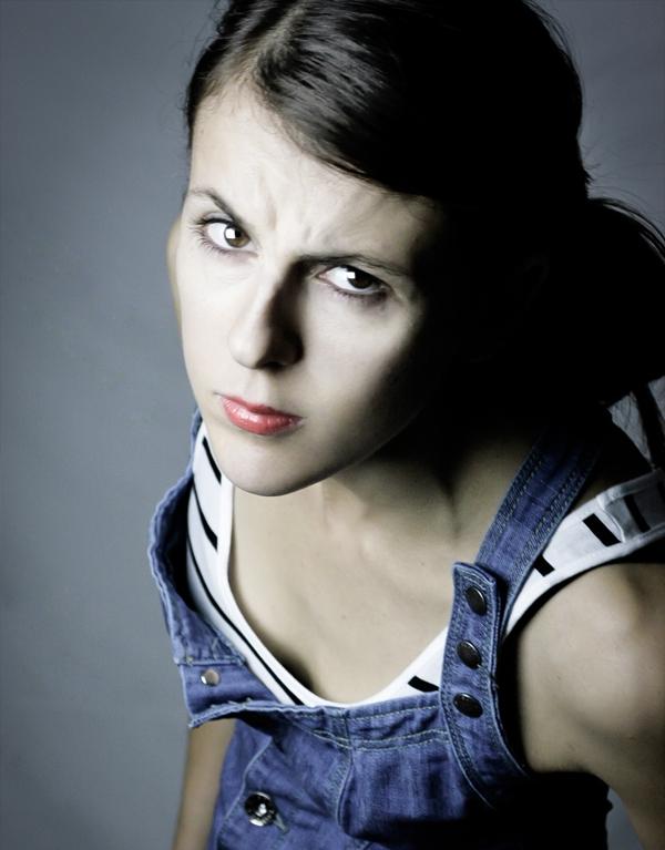 Nicole Ferroni - ☞ Site officiel ☞ Facebook ☞ Twitter