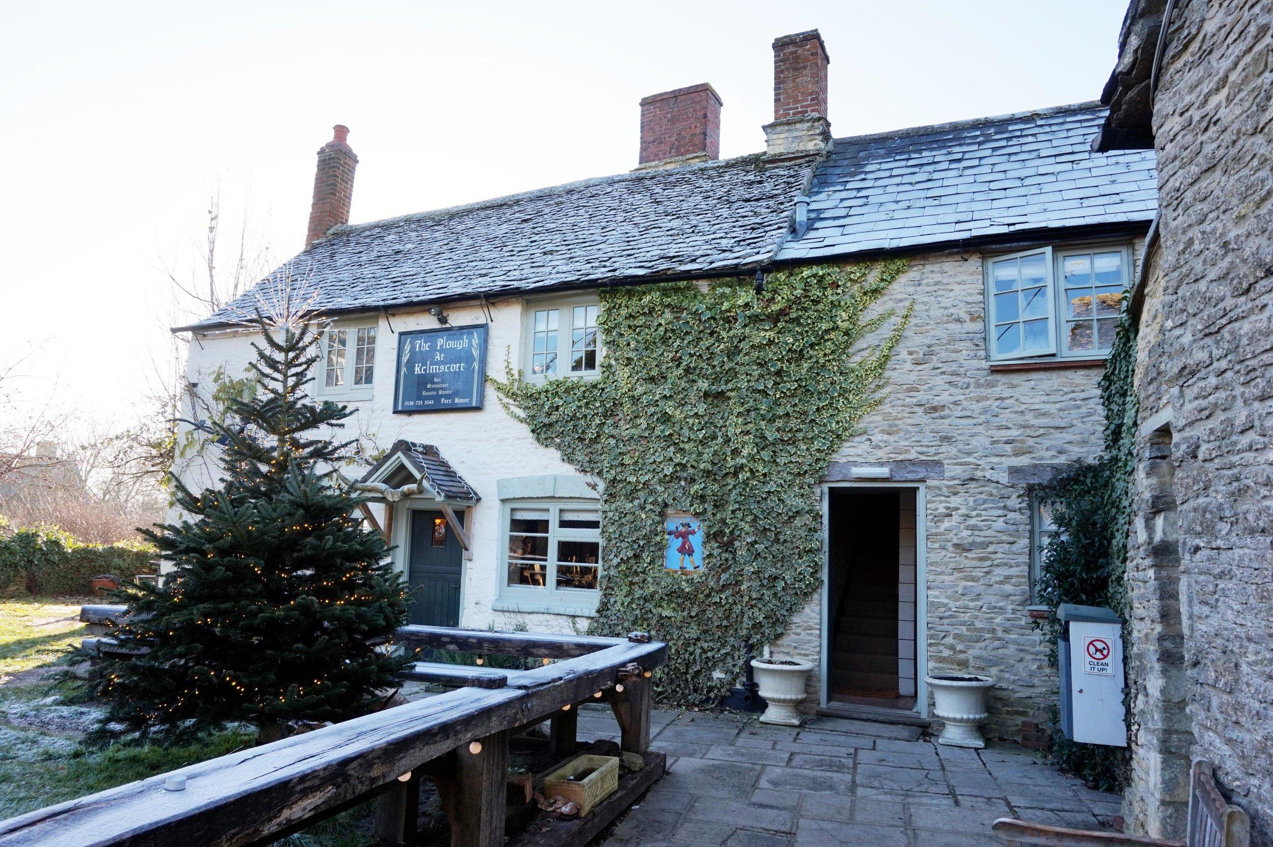 bynoelle-the-plough-inn-kelmscott-hotel-review16