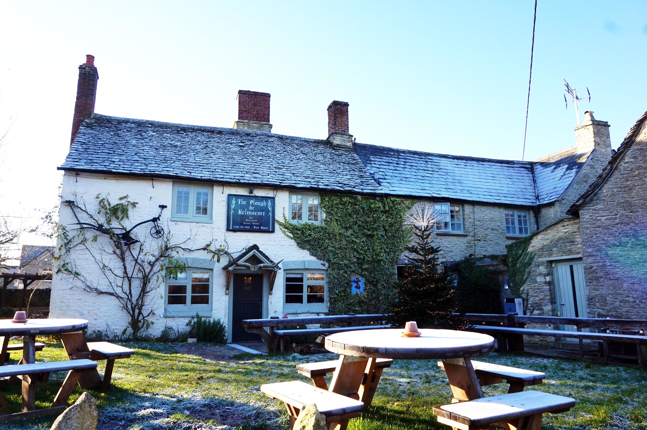 bynoelle-the-plough-inn-kelmscott-hotel-review16