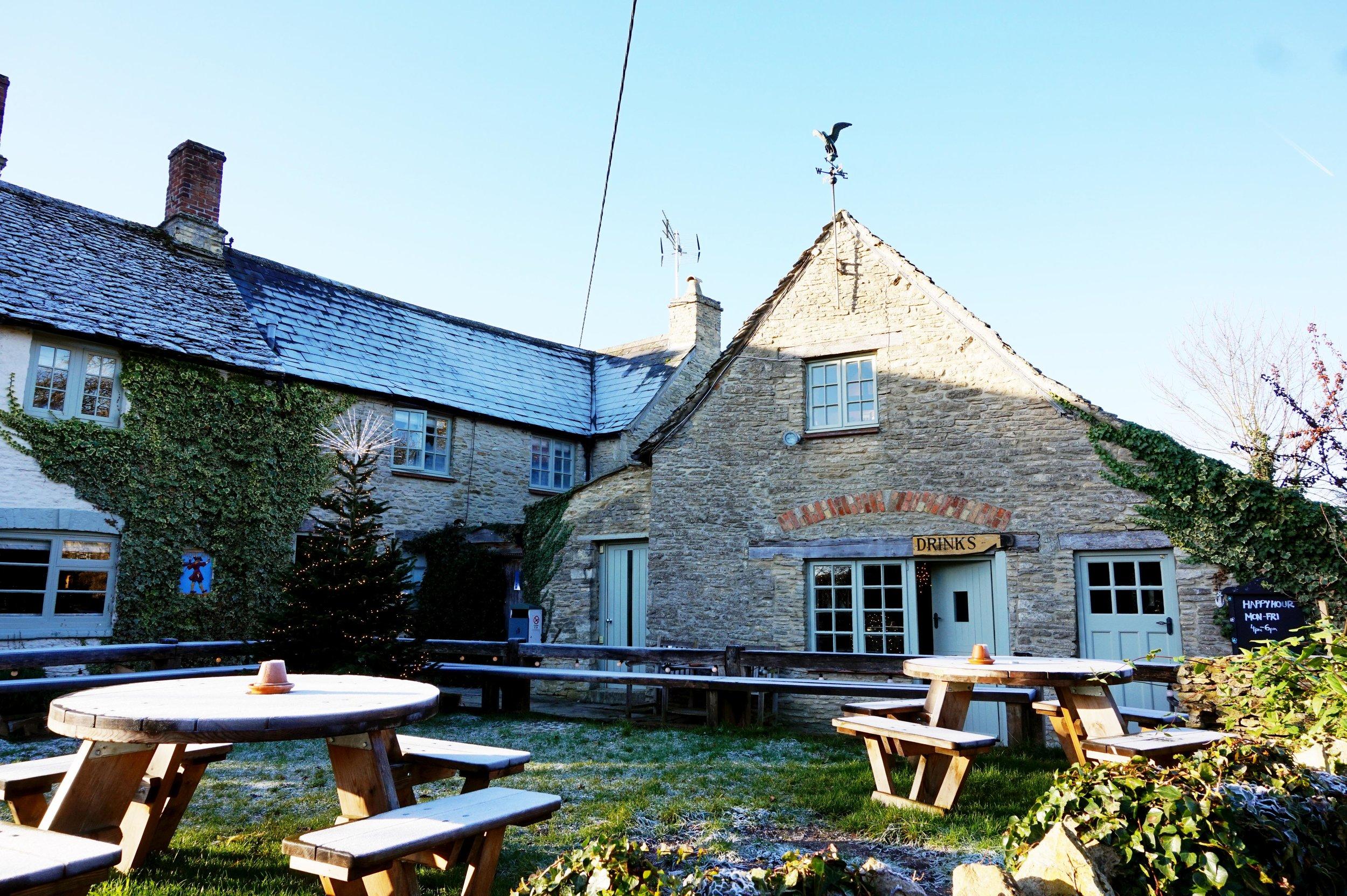 bynoelle-the-plough-inn-kelmscott-hotel-review17