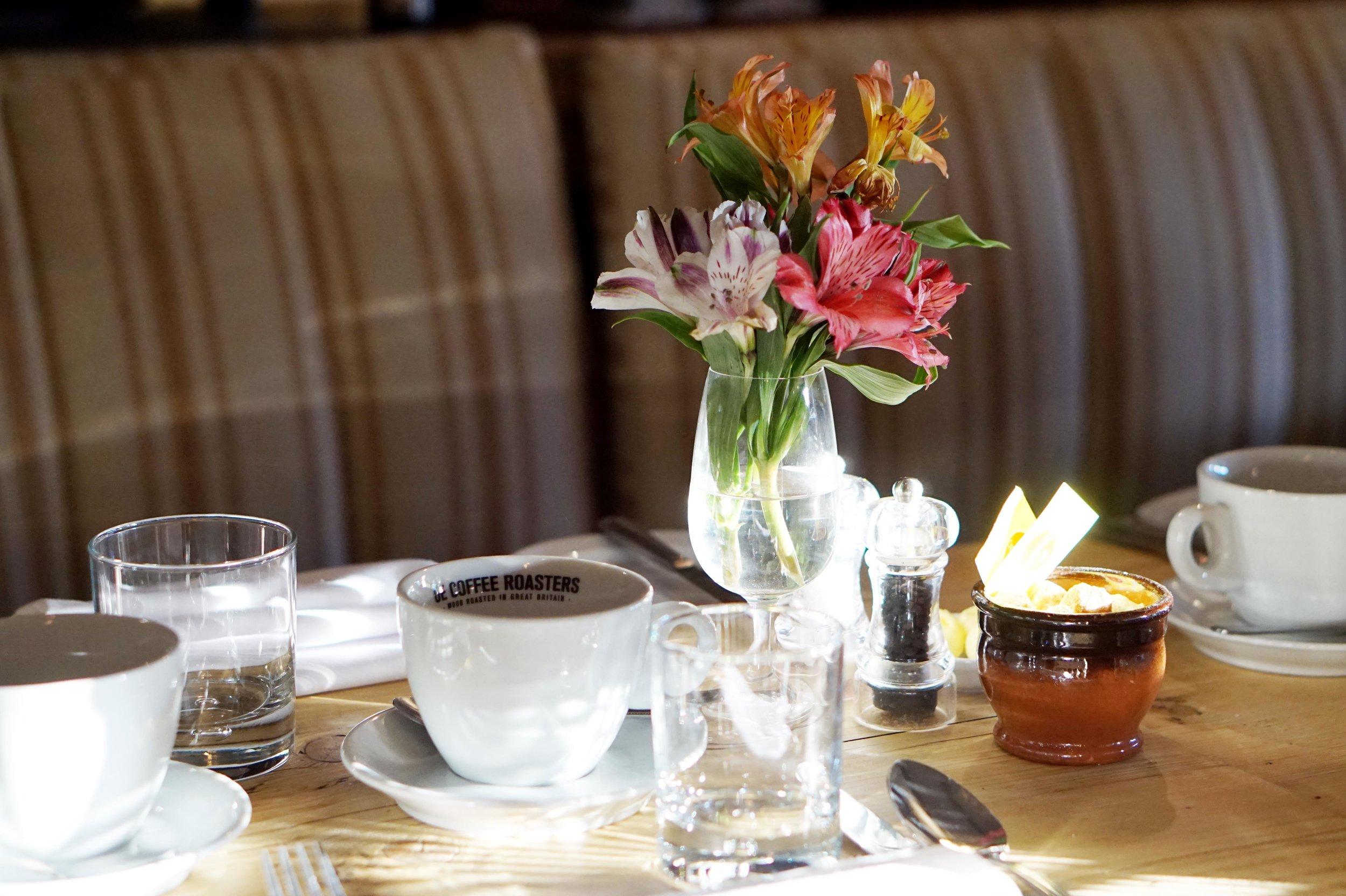 bynoelle-the-plough-inn-kelmscott-hotel-review3