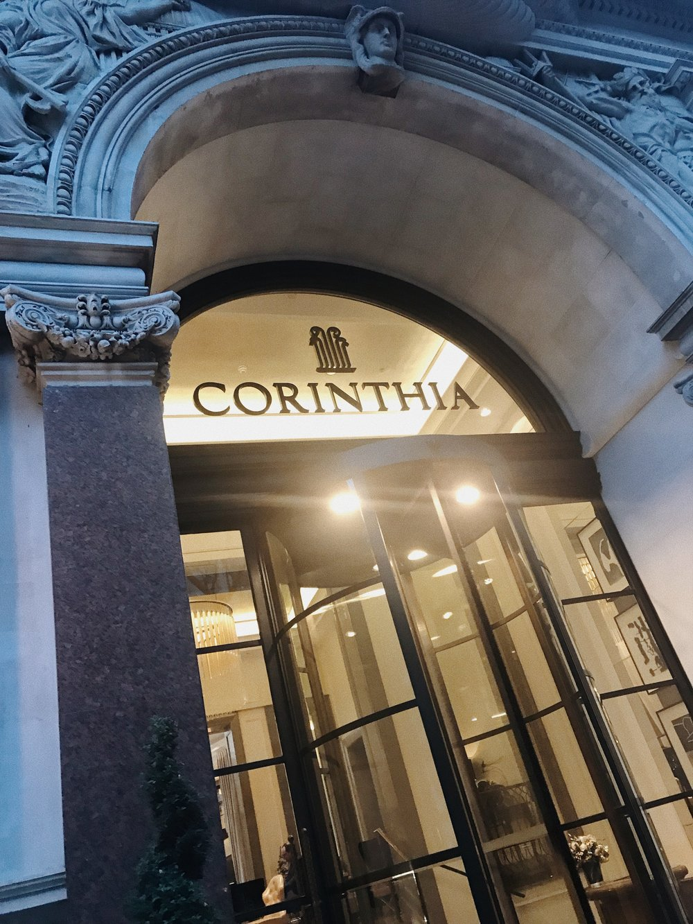 corinthia-hotel-afternoon-tea