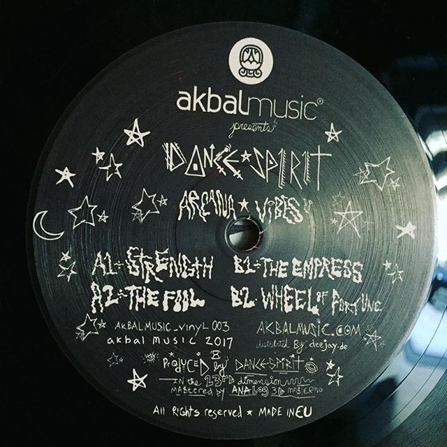 Everyone needs some Arcana Vibes. Dive into hyperspace with these 4 minimal trips from @dance_spirit  Released on @akbal_music  #minimal #trippy #future #vinylonly