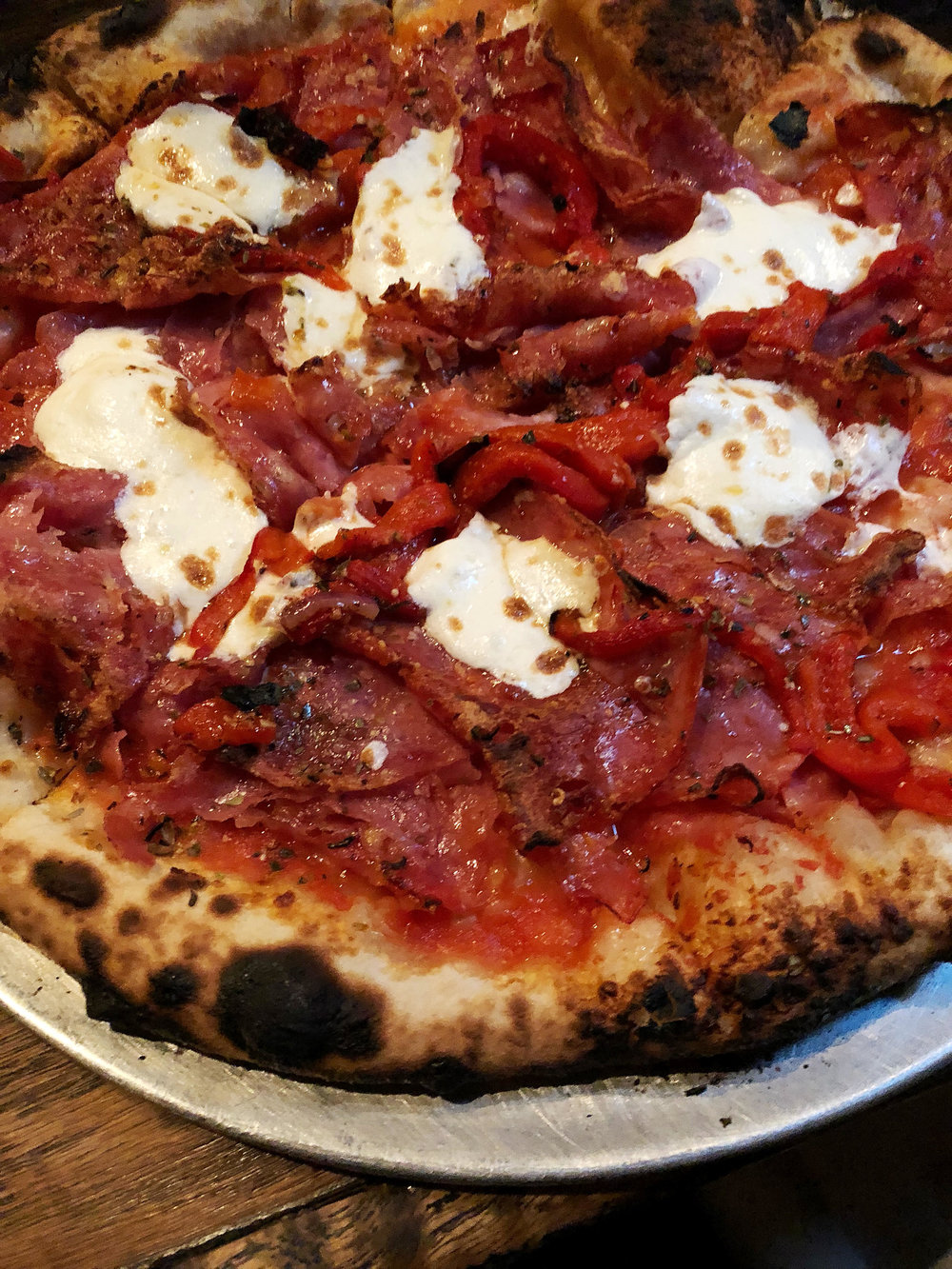 King Salami: san marzano tomato sauce, hot & sweet soppressata, finocchiona roasted red peppers, mozzarella