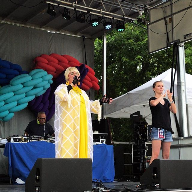 Reverend Yolanda takes us to Church (with a 2 drink minimum!) today on Day 2 of #rocpride2018! Thanks for sharing your message of love, identity, and family with us @revyolanda 💖🙌🏼