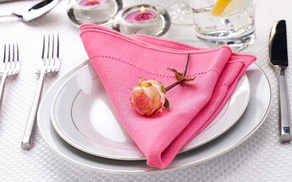 table-tableware-plates-napkins-wallpaper-preview.jpg