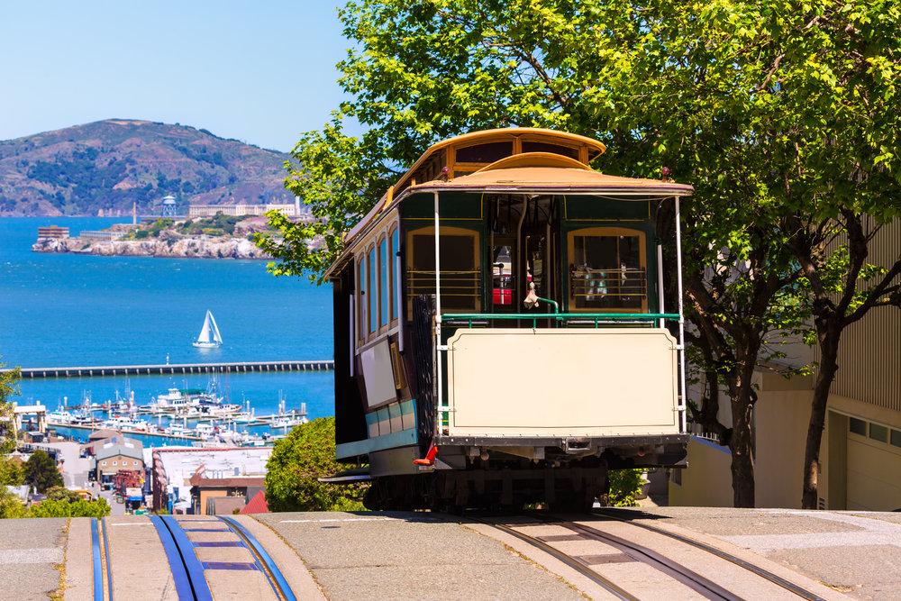 San Francisco (Cable Car and Alcatraz).jpg