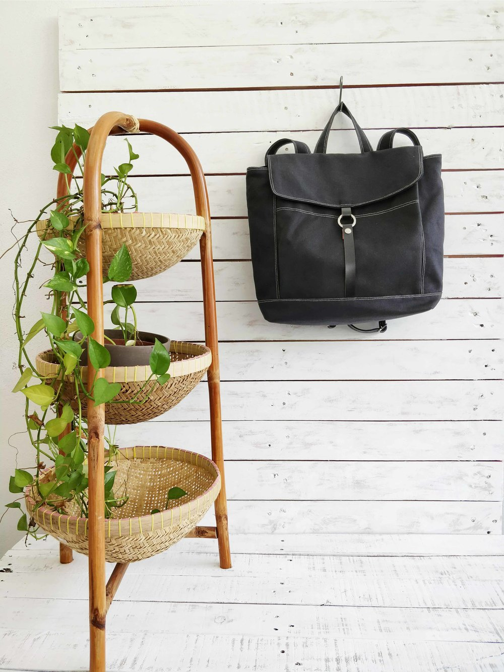 Best Partner in your Journey - TANYA 102 Backpack In BLACK