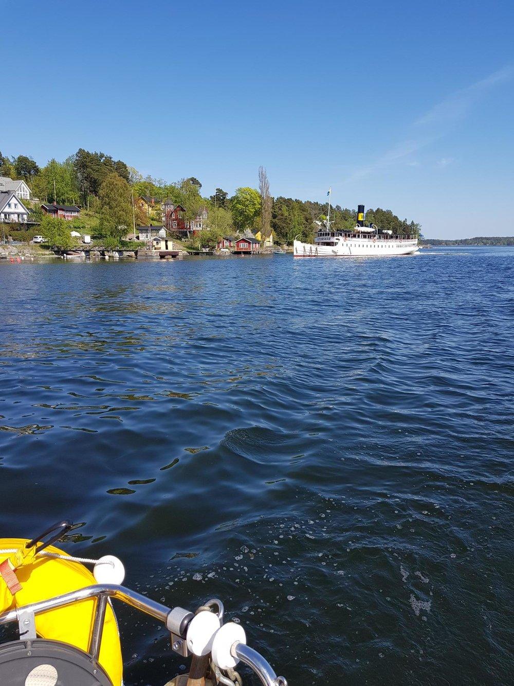 sommarbild skärgårdsbåt.jpg