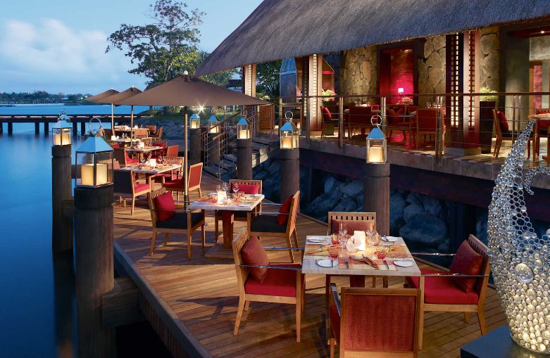 four-seasons-at-anahita-acquapazza-restaurant.JPG