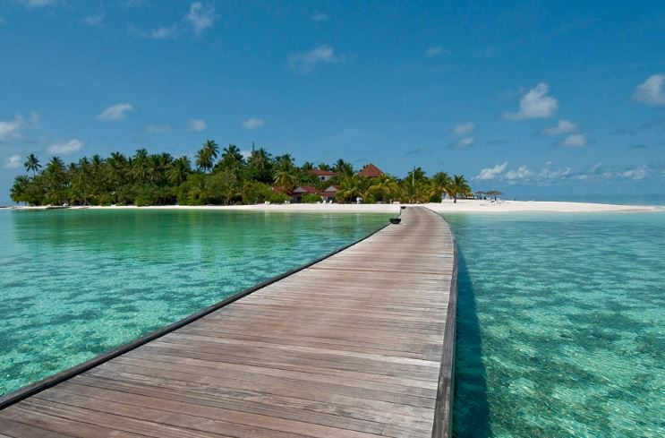 Diamonds Athuruga Maldives