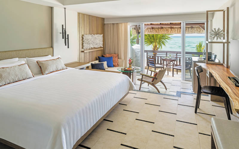 shangri-las-le-touessrok-resort-and-spa-deluxe-room-coral-wing.jpg