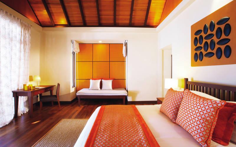 kurumba-maldives-deluxe-bungalow.jpg