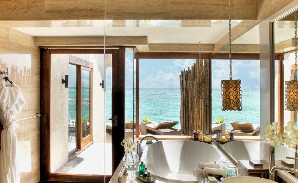 vivanta-by-taj-maldives-water-villa-bathroom.JPG