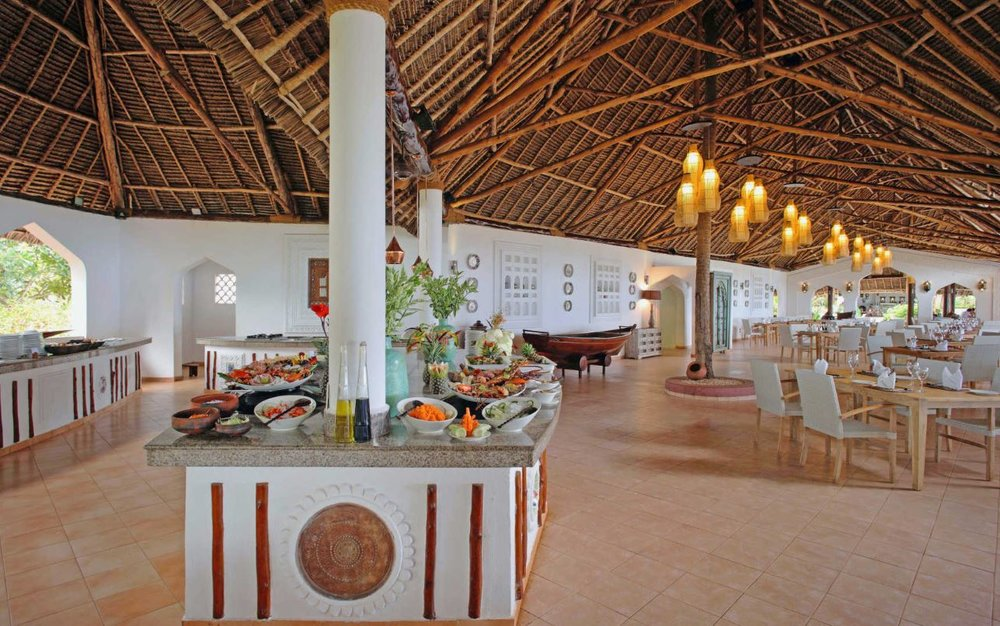 bluebay-resort-zanzibar-restaurant.JPG