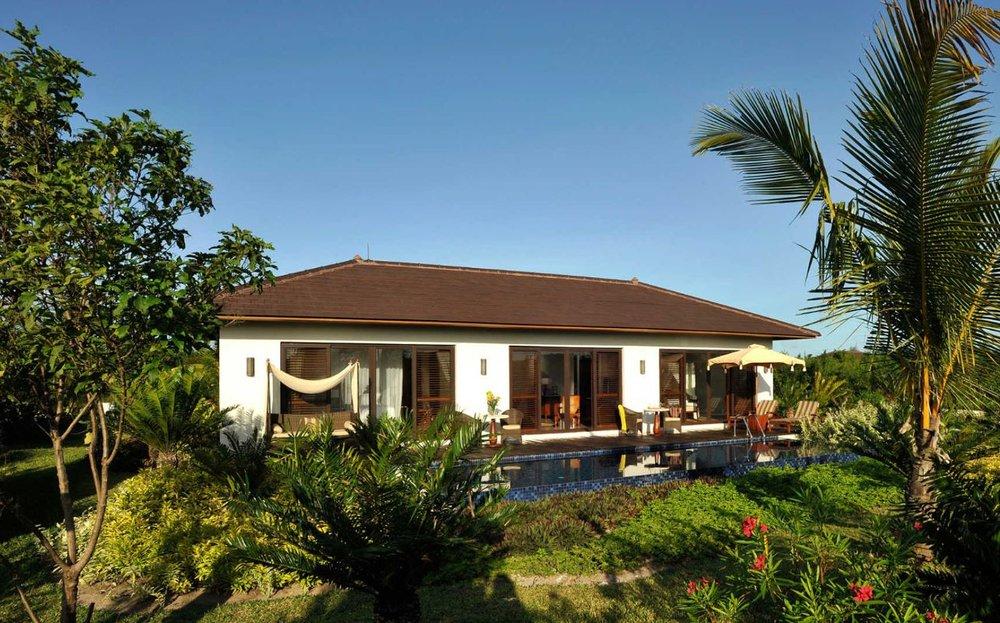 the-residence-zanzibar-garden-pool-villa-exterior.JPG