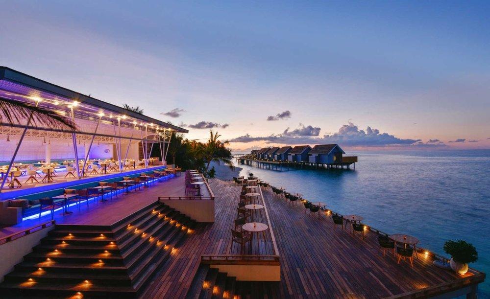 kuramathi-maldives-inguru.JPG