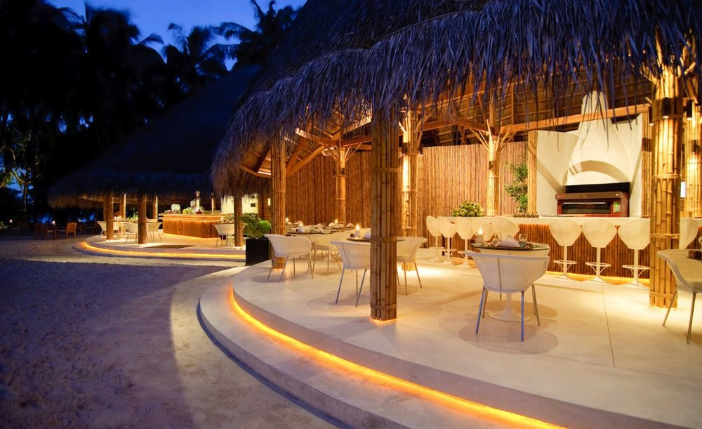 kuramathi-maldives-palm-dining.JPG
