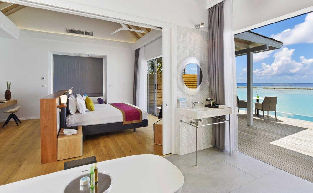 kuramathi-maldives-pool-villa.JPG