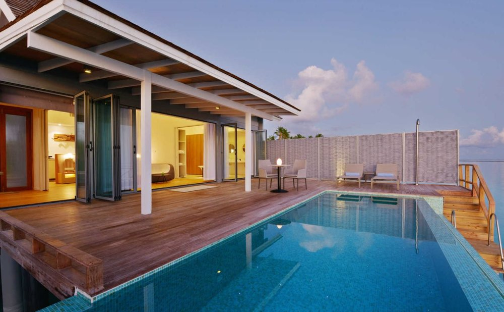 kuramathi-water-villa-with-pool2.JPG
