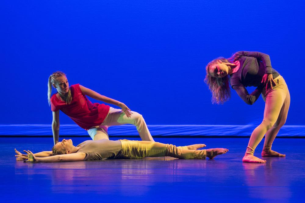 dance_051.jpg