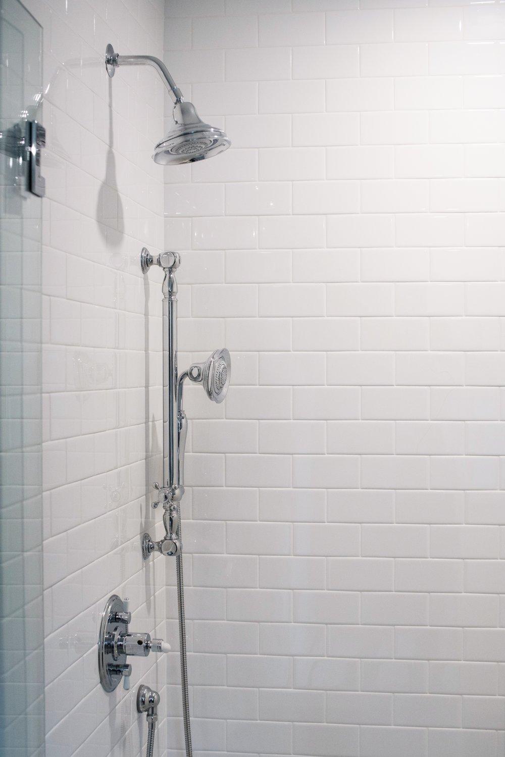 SummersetDrive-Subway-Tile-Shower.JPG