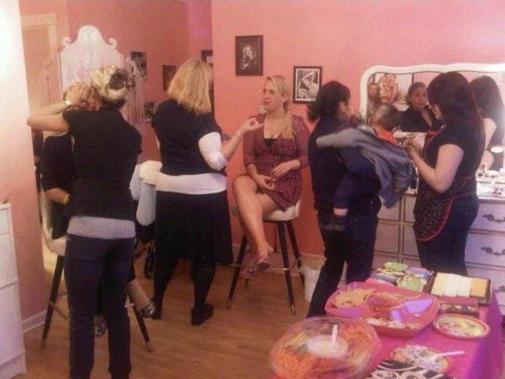 Bachelorette Party at Liv Lash Boutique!