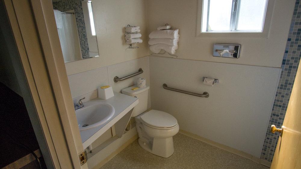 motelbathroom-1.jpg