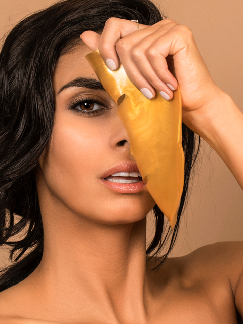 GOLD-face-mask-web.jpg