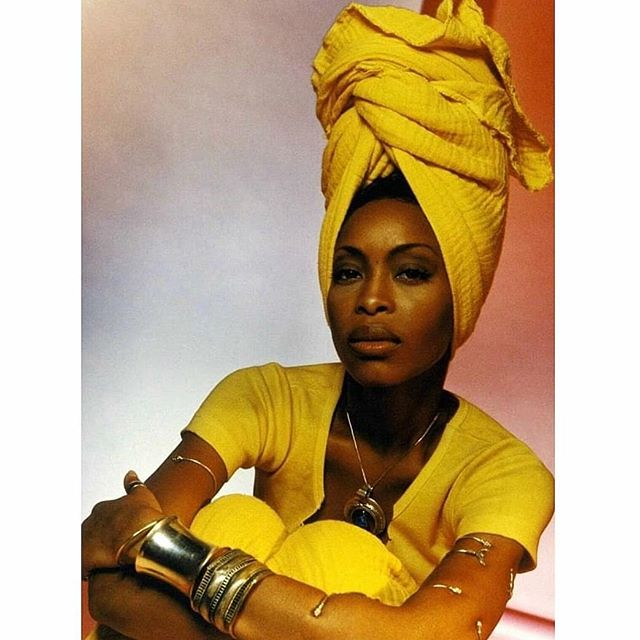 "Also, be sure to check out the playlist I curated for in honor of  Erykah's 47th Bday! Listen now on Apple music, the playlist is entitled ""Happy BEarthday Erykah Badu"" 💖  #applemusic #ErykahBadu #HappyBirthday #music #blogger"