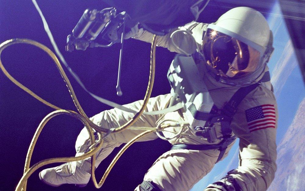 Astronaut tether.jpg